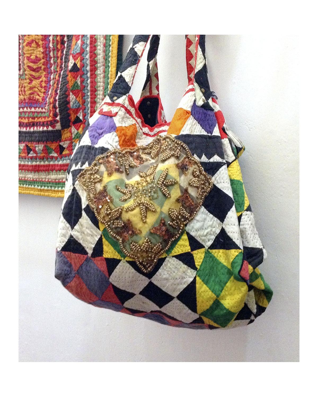 http://deanalan.us/2067-thickbox_default/goa-vintage-oversized-beach-bag.jpg