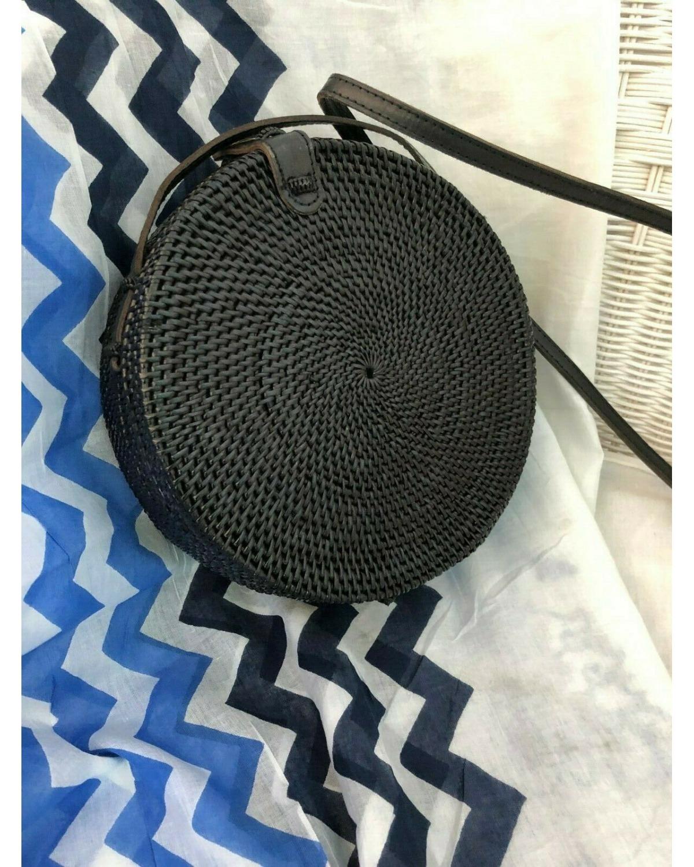 https://deanalan.us/2839-thickbox_default/bali-round-rattan-bag-black.jpg
