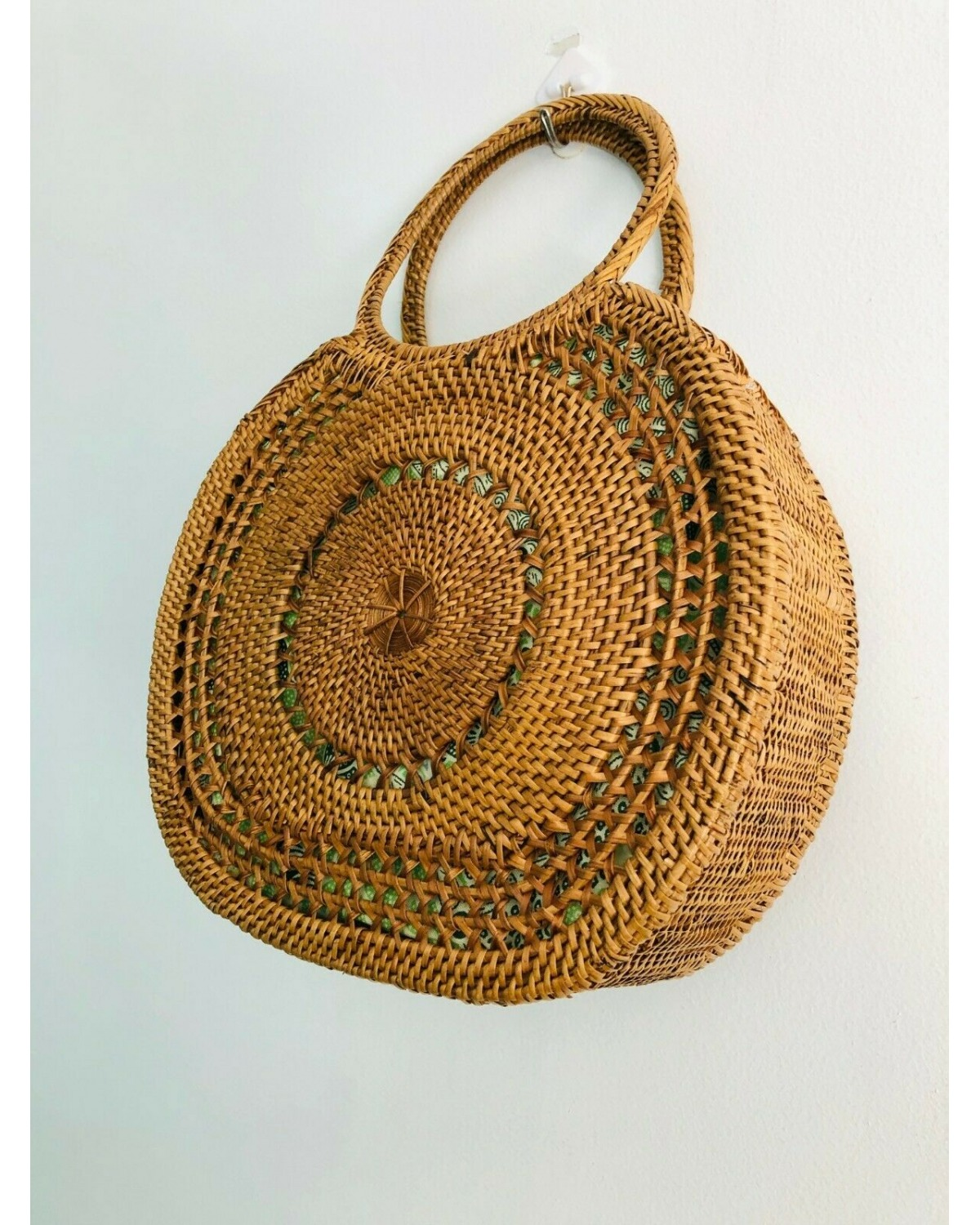 https://deanalan.us/2840-thickbox_default/bali-round-rattan-clutch.jpg