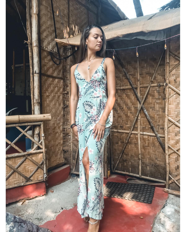 https://deanalan.us/3056-thickbox_default/aloha-floral-maxi-dress.jpg