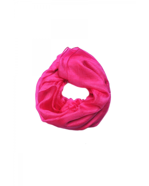 http://deanalan.us/568-thickbox_default/schocking-pink-scarf.jpg